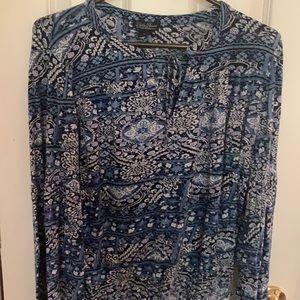 Lucky brand top size medium bell sleeves blue